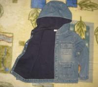 пиджак джинсовый с подкладкой на пуговицах.с капюшоном.в нормальном состоянии-45. Кременчуг, Полтавская область. фото 3