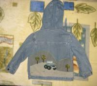пиджак джинсовый с подкладкой на пуговицах.с капюшоном.в нормальном состоянии-45. Кременчуг, Полтавская область. фото 4
