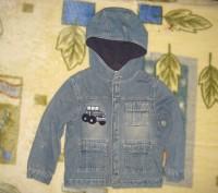 пиджак джинсовый с подкладкой на пуговицах.с капюшоном.в нормальном состоянии-45. Кременчуг, Полтавская область. фото 2