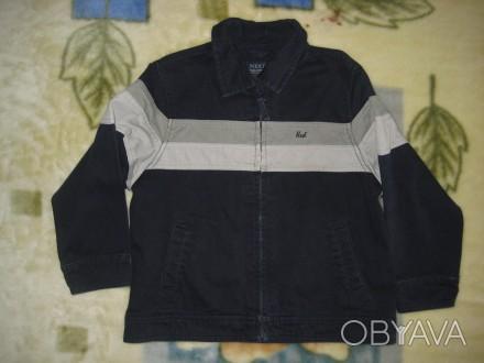 пиджак вельветовый в нормальном состоянии на 4-5 лет на молнии-30грн.длина-47см.. Кременчуг, Полтавская область. фото 1