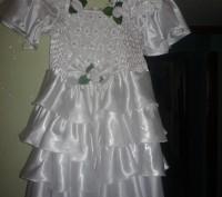 детское платье, белое атласное очень красивое, от 9 лет. Никополь, Днепропетровская область. фото 2