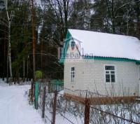 Уютный кирпичный домик мечты в зимнем лесу в районе ЗАЗА в садоводческом обществ. Чернигов. фото 1