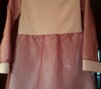 Стильное нарядное платье р.146-152 / 9-11лет. Светловодск. фото 1