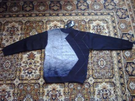 подростковый свитер.на возраст 10 - 13 лет.новый.ширина 47...рукав 51...высота 6. Винница, Винницкая область. фото 1
