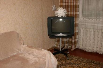 Квартира находится в тихом зеленом райне (ГОРСАД).Имеются ДВА 2-х СПАЛЬНЫХ МЕСТА. Горсад, Чернигов, Черниговская область. фото 3
