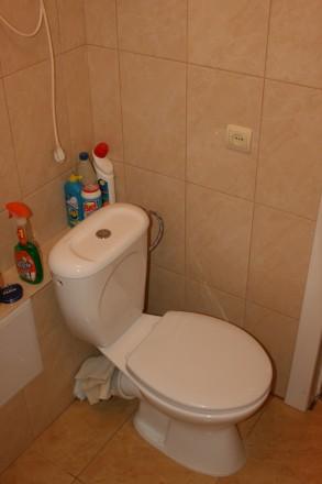 Квартира находится в тихом зеленом райне (ГОРСАД).Имеются ДВА 2-х СПАЛЬНЫХ МЕСТА. Горсад, Чернигов, Черниговская область. фото 6