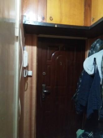 Продам комнату в коммуне  Космонавтов / Инглези 4/5 эт комната 13м ,кухня 15м + . Киевский, Одесса, Одесская область. фото 4