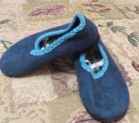 Тапочки детские(можно как для мальчика,так и для девочки),темного цвета.длина по. Житомир, Житомирская область. фото 2