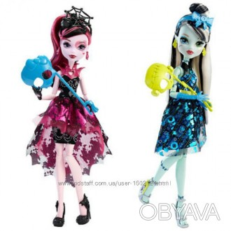 КУКЛЫ WELCOME TO MONSTER HIGH DANCE THE FRIGHT AWAY ФРЕНКИ, ДРАКУЛАУРА