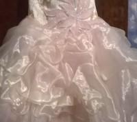 Платье нарядное, почти новое, один раз одели. Все вопросы по телефону.. Житомир, Житомирская область. фото 5