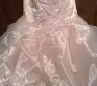 Платье нарядное, почти новое, один раз одели. Все вопросы по телефону.. Житомир, Житомирская область. фото 4