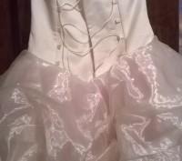 Платье нарядное, почти новое, один раз одели. Все вопросы по телефону.. Житомир, Житомирская область. фото 7