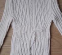 Модель К-14. Белый удлиненный свитер-туника. Украшен большим красивым воротником. Киев, Киевская область. фото 2