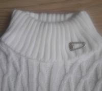 Модель К-14. Белый удлиненный свитер-туника. Украшен большим красивым воротником. Киев, Киевская область. фото 4