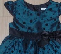Нарядное фирменное влатье 18-36м в идеальном сост дл 54 пол мышками 26 сост идеа. Сумы, Сумская область. фото 3