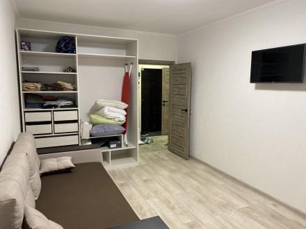 Продам 1 ком.квартиру площадь 40 м2 на 9/10 этаже. Сделан качественный ремонт, п. Синергия-2 ЖК, Ирпень, Киевская область. фото 4