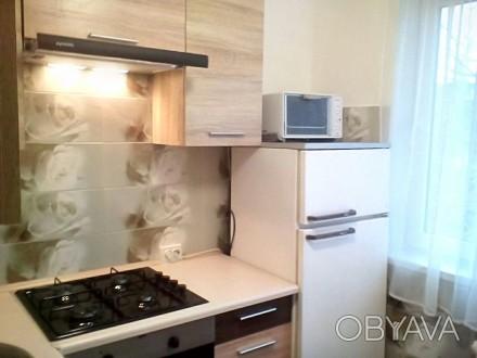 Двухкомнатная квартира с раздельными комнатами расположена в районе Аркадии, по . Аркадия, Одесса, Одесская область. фото 1