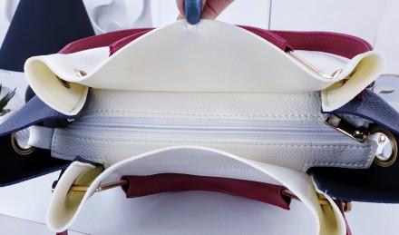 синий+красный+белый эко-кожа структурная 25х28х14 Особенность: Одно основное . Ужгород, Закарпатская область. фото 6