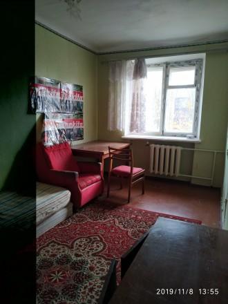 2 кім квартира по Пр миру зупинка Медтехніка 5/5хр., житловий стан,старі меблі х. Выставка, Хмельницкий, Хмельницкая область. фото 6