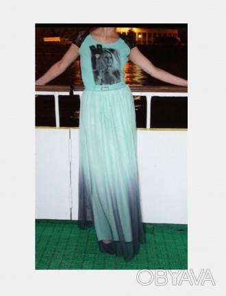 Платье б/у , в отличном состоянии (одевалось два раза).Размер S.. Южный, Одесская область. фото 1