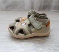 Босоножки детские тканевые, производитель канада, носил один ребёнок, не искривл. Лубны, Полтавская область. фото 4