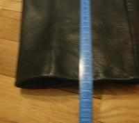 Кожаные брюки пошиты в форме джинсов. Куплены в Германии для езды на мотоцикле.Н. Винница, Винницкая область. фото 6