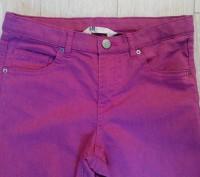Джинсы. Skinny / Slim fit  H&M на 11-12 лет, рост 152 см. Цвет серенево-розовый.. Сумы, Сумская область. фото 3