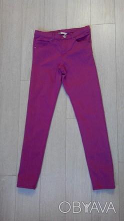 Джинсы. Skinny / Slim fit  H&M на 11-12 лет, рост 152 см. Цвет серенево-розовый.. Сумы, Сумская область. фото 1