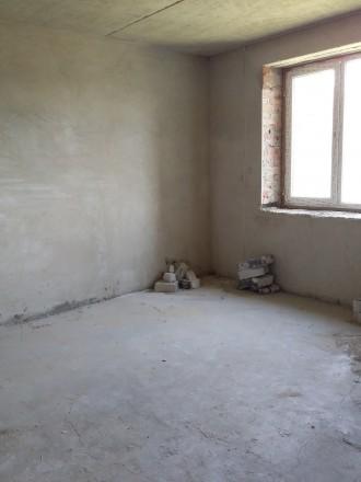 Квартира в новобудові в центрі міста без ремонту , після будівельників, стяжка ,. Мануфактура торг.центр, Луцьк, Волинська область. фото 5