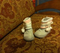 чобітки уггі для дівчинки. Львов. фото 1