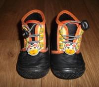 Мокасины-ботиночки для мальчика,черного цвета с аппликацией резиновый мишка .Стр. Конотоп, Сумская область. фото 2