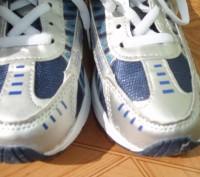 Нові кросівки ідуть на 30 р. довжина устілки 20 см (хоча розмір вказаний 33) куп. Львов, Львовская область. фото 8