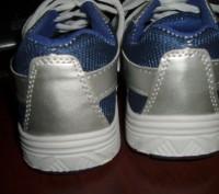 Нові кросівки ідуть на 30 р. довжина устілки 20 см (хоча розмір вказаний 33) куп. Львов, Львовская область. фото 5