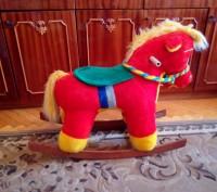 Продам лошадку качалку в хорошом состоянии, как новая.. Червоноград, Львовская область. фото 3