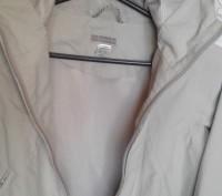 Продам куртку в хорошем состоянии не промокает ередам р.122-128 см длина от капю. Трускавец, Львовская область. фото 3