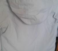 Продам куртку в хорошем состоянии не промокает ередам р.122-128 см длина от капю. Трускавец, Львовская область. фото 4