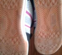 Продам кроссовки в хорошем состоянии 34р по стельке 22-22,5 см.носили мало. Пере. Трускавец, Львовская область. фото 7