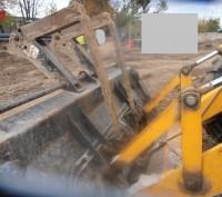 Продаем колесный экскаватор-погрузчик JCB 4CX- Super SiteMaster, 2005 г.в. Место. Киев, Киевская область. фото 13