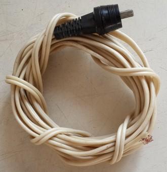 Продам шнур длиной 3,72м. Б/У. Состояние на фото. Продаю за ненадобностью, без н. Чернигов, Черниговская область. фото 2