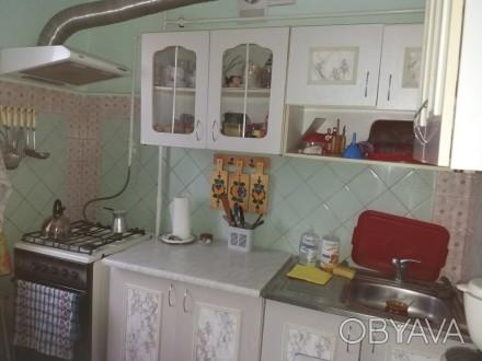 Продам 2-х комнатную квартиру в пгт Володарка Киевской области.