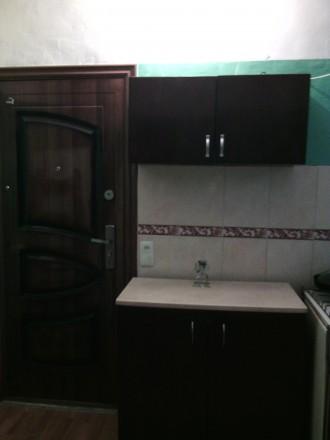 Продам комнату в коммуне  Нежинская/Торговая 3/4 эт комната 15м ,кухня 18м + 2 с. Приморский, Одесса, Одесская область. фото 4