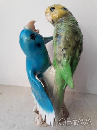 Фарфоровая статуэтка Волнистые попугаи Goebel, Германия.
