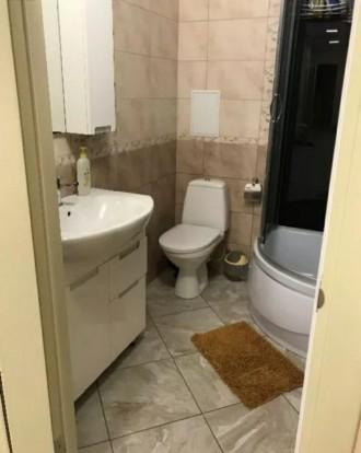 Продам 3-х комнатную квартиру 94 кВ.м 2 спальни и кухня-столовая, 2 сан узла, га. Индустриальный, Днепр, Днепропетровская область. фото 9