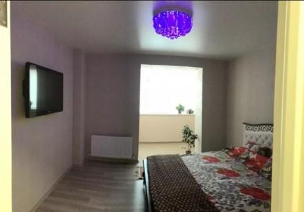 Продам 3-х комнатную квартиру 94 кВ.м 2 спальни и кухня-столовая, 2 сан узла, га. Индустриальный, Днепр, Днепропетровская область. фото 4