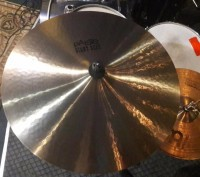 "Paiste Giant Beat Multifunctional 18"". Львов. фото 1"