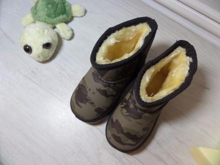 Детские угги цвета хаки Смотрятся очень классно и стильно на ножке вашего малыш. Київ, Киевская область. фото 5