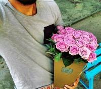 Безкоштовна доставка квітів. Львов. фото 1