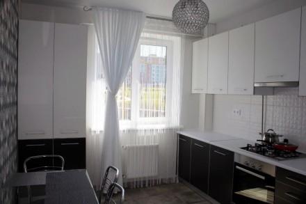 Нова 2к квартира на Щасливому!  Ціна 8500+ ліч, завдаток за майно 8000грн Квар. Счастливое, Ровно, Ровненская область. фото 2