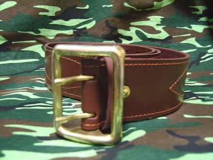Ремень офицерский черного цвета или коричневого, кожаный. Хмельницкий. фото 1