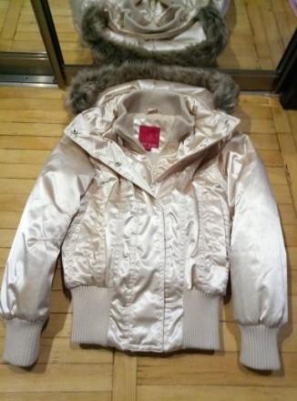 Продам очень симпатичную и теплую куртку в очень хорошем состоянии. Харьков. фото 1
